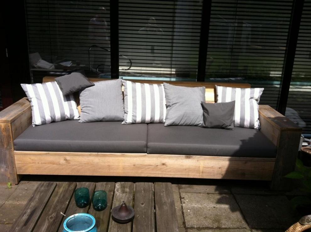 Lounge kussens aan nieuwe bekleding toe dijkema for Lounge kussens