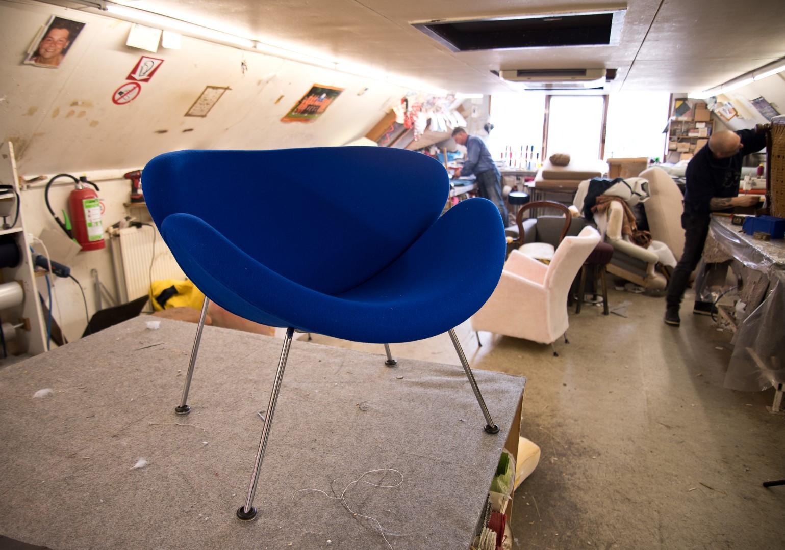 Stof Stoel Bekleden : Wilt u uw oude moderne stoelen van een nieuwe stof voorzien?