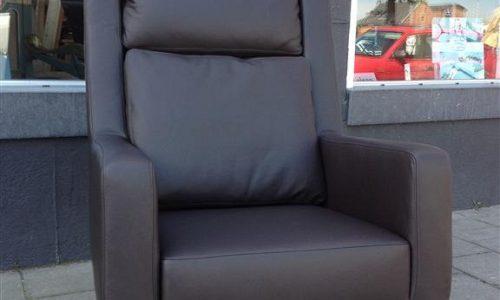 dijkema-meubelstoffeerders-moderne-stoelenstoel-zwart